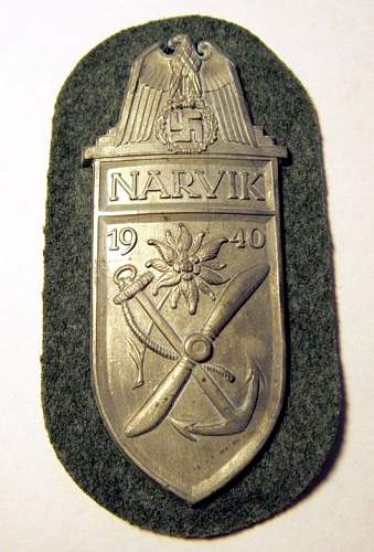 Click image for larger version.  Name:AUCTION NARVIK SHIELD HEER 1.jpg Views:102 Size:98.6 KB ID:520334
