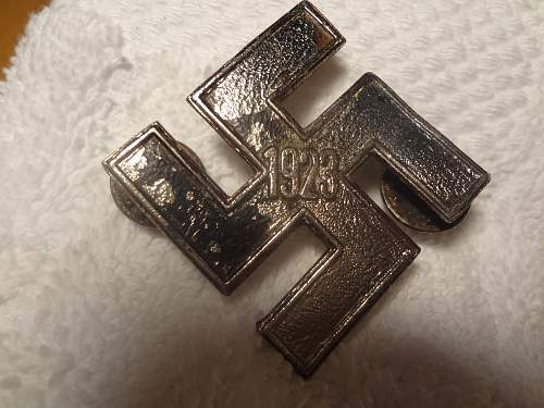 Swastika medals-are they real???