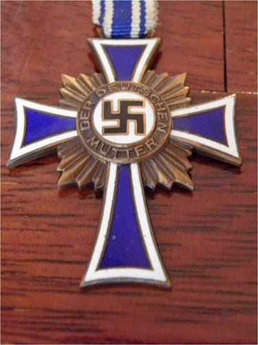 Der Deutsche Mutter Kreuz