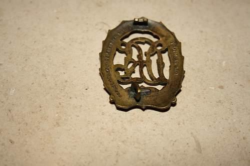 sport badge bronse