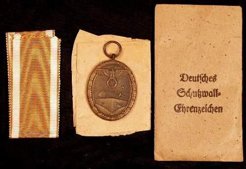Deutsches Schutzwall-Ehrenzeichen.