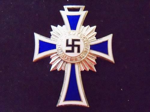 a Mutterkreuz question