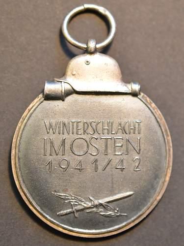 """Medaille """"Winterschlacht im Osten 1941/42"""" - """"77""""?"""
