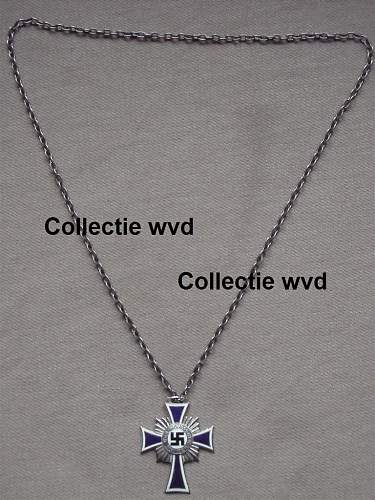 Click image for larger version.  Name:Moederkruis zilver aan ketting 001.jpg Views:19 Size:145.8 KB ID:575568