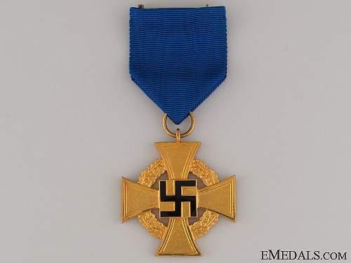 Treue Dienst Ehrenzeichen, 40 Jahre
