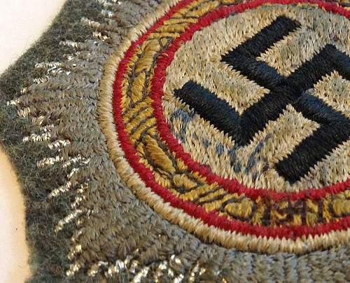 Two Cloth Deutsche Kreuz in Gold for Opinions...