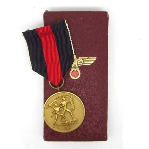 Medaille zur Erinnerung an den 1. Oktober 1938 : good???