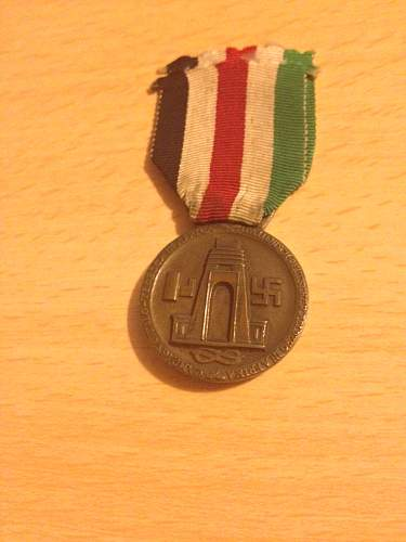 Click image for larger version.  Name:German Africa corps medal front.jpg Views:38 Size:321.8 KB ID:612606