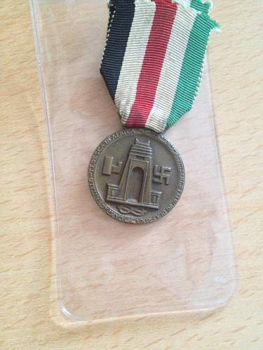 Click image for larger version.  Name:German Africa corps medal 1.jpg Views:22 Size:322.4 KB ID:613088
