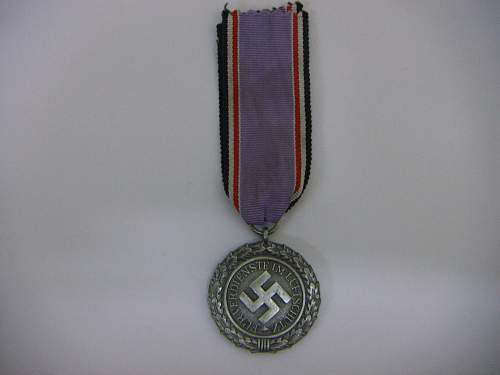 38 Luftschutz Medallie