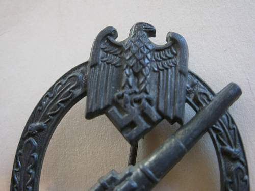 Click image for larger version.  Name:WWI Helmet 036.jpg Views:52 Size:235.7 KB ID:62752