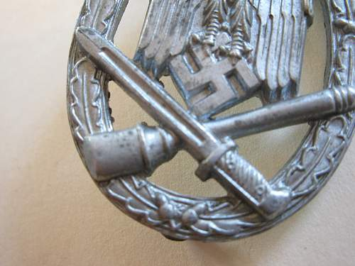 Click image for larger version.  Name:WWI Helmet 035.jpg Views:58 Size:232.5 KB ID:62753