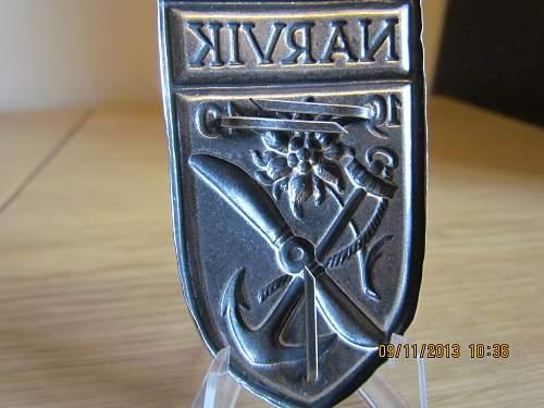1957 Narvik Shields - original or repro ?