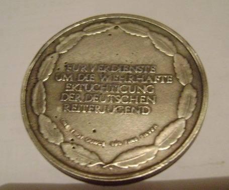Name:  medalla-de-caballeria-alemana-10290-MLA20026048490_122013-O.jpg Views: 154 Size:  24.1 KB