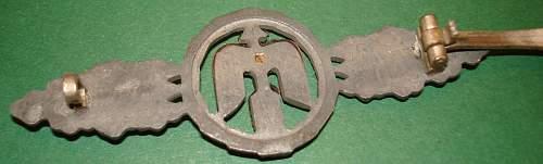 Squadron clasp (original or copy?)