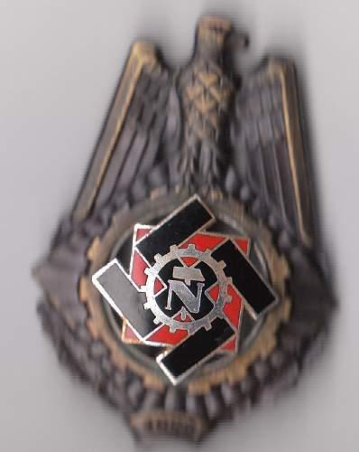 Technische Nothilfe 1922 Honor Badge - good one?