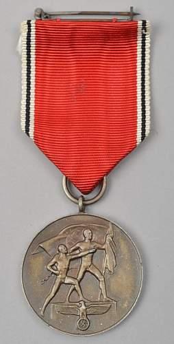 Click image for larger version.  Name:Medaille zur Erinnerung an den 13. März 1938.jpg Views:65 Size:46.1 KB ID:670186