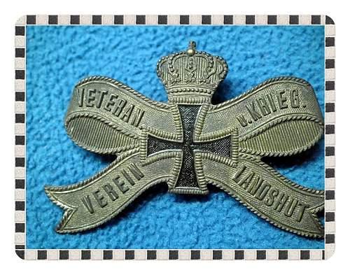 Click image for larger version.  Name:Flag,Guns,Dagger,Plaque, etc 153.jpg Views:19 Size:248.8 KB ID:674928