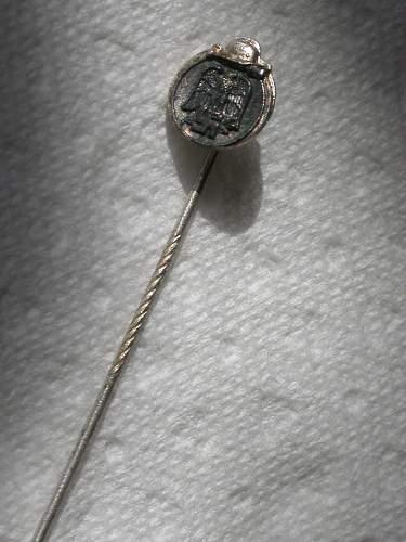 2 x 9mm Ostmedaille Miniatur