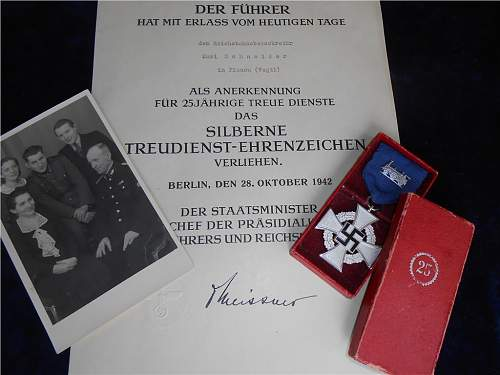 Luftschutz-Ehrenzeichen medal fake or ?