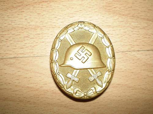 Click image for larger version.  Name:1939 - Gold Wound Badge - 07a.jpg Views:36 Size:143.2 KB ID:68365