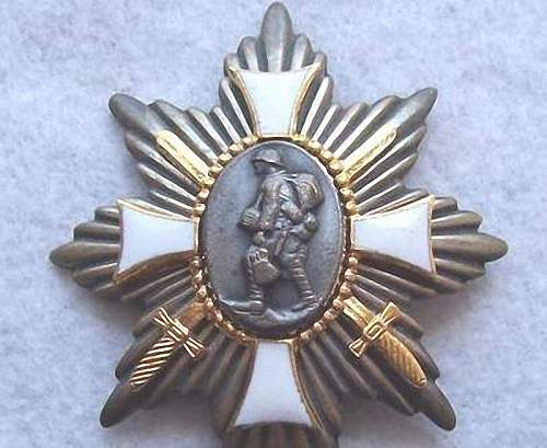 German EDELWEISS BADGES & hamburg field honor badge Original?
