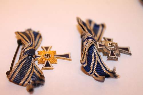 My wierd MutterKreuz Miniature in gold