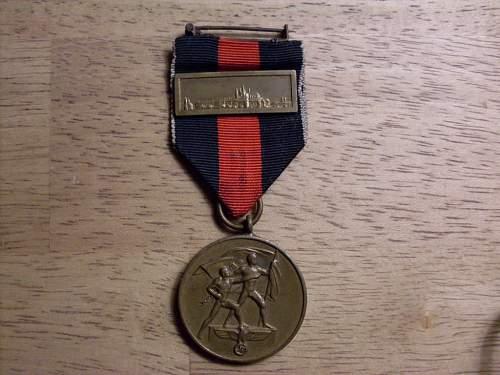 Cased Czech Annex medal with Prague Castle Bar