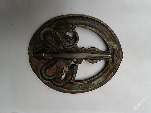 Bandenkampfabzeichen in Bronze for review