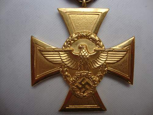 Click image for larger version.  Name:medals 040.jpg Views:40 Size:236.3 KB ID:72111