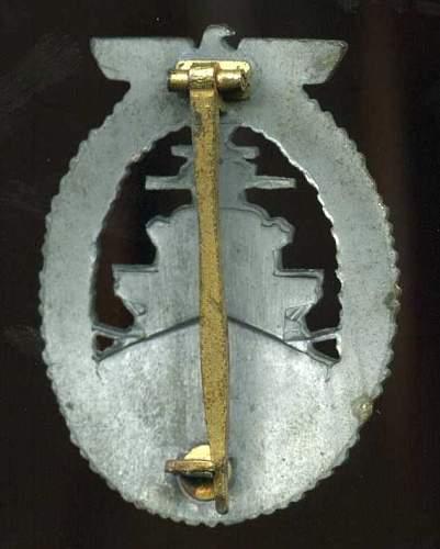 Kriegsmarine Flottenkriegsabzeichen unmarked, Please help to ID