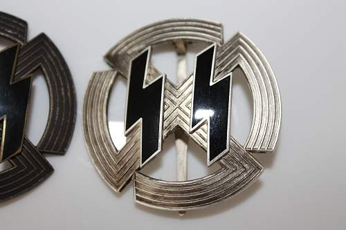 2 Round SS badges 1st and 2nd class-Please help to ID