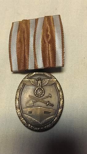 2 Deutsches Schutzwall-Ehrenzeichen