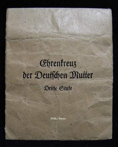 Ehrenkreuz der Deutsche Mutter Dritte Stufe, With packet marked Frank & Reif