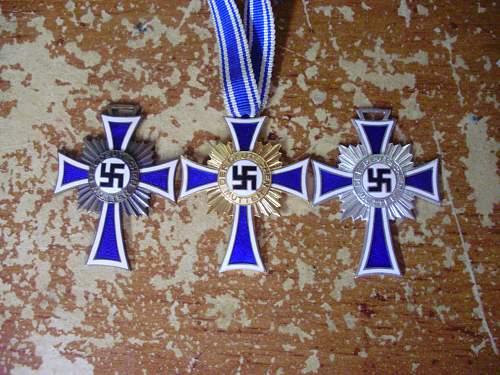 Ehrenkreuz der Deutsche Mutter Group