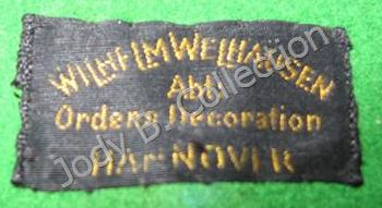 Medal bar label