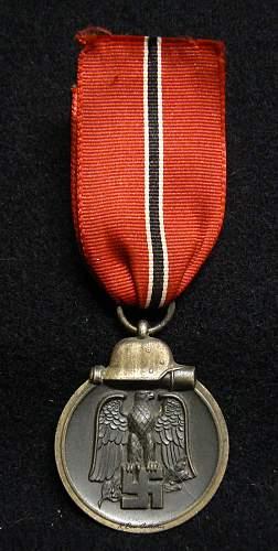 """Medaille """"Winterschlacht im Osten 1941/42"""" (Ostmedaille), """"20"""" Fritz Zimmerman."""