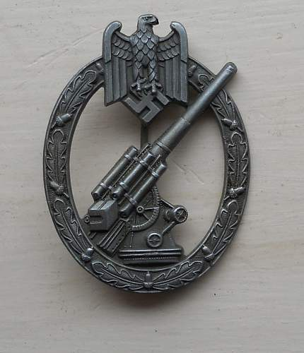 Click image for larger version.  Name:flak badge 1.jpg Views:99 Size:109.8 KB ID:801261