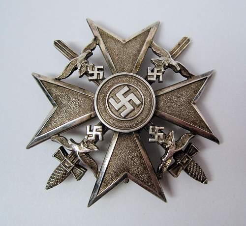 Spanienkreuz in Silber mit Schwerter - CEJ 900