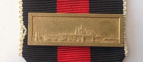 Click image for larger version.  Name:Spange zur Medaille zur Erinnerung an den 1. Oktober 1938.jpg Views:22 Size:128.7 KB ID:820676