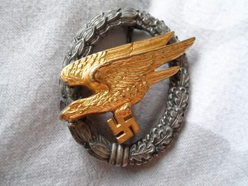 Fallschiumschutzenabzeichen der Luftwaffe for review