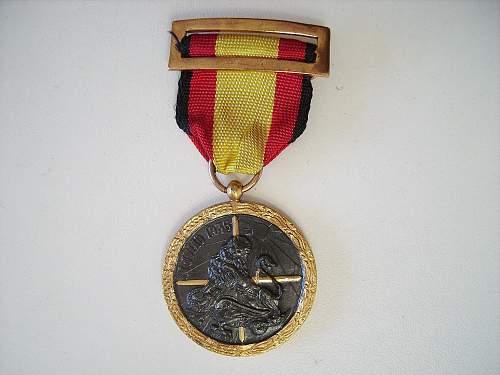 Spanish medal attributed to Phalangist & Legion Condor members