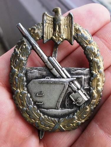 Kriegsabzeichen fur die Marine-Artillerie - ask for help
