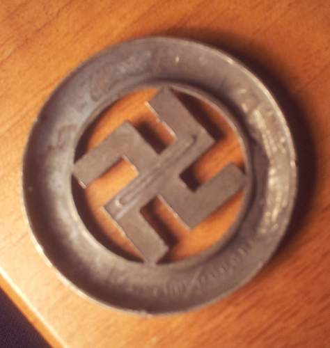 1933 dated badge