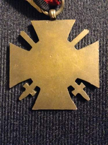 Das Ehrenkreuz des Weltkriegs 1914/1918 for review