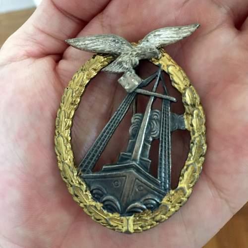 Click image for larger version.  Name:wwii_german_luftwaffe_sea_battle_badge_award_medal_1438302433_738e0c53.jpg Views:203 Size:52.1 KB ID:868544