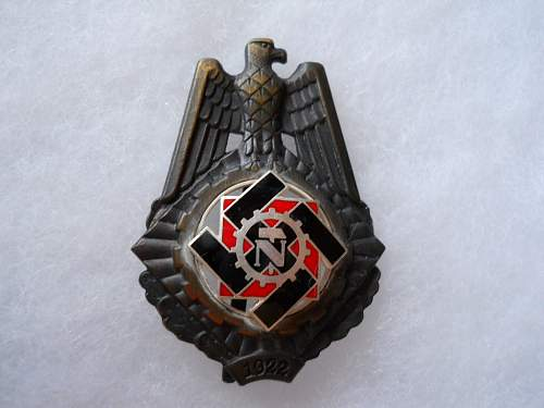 TeNo Honor Badge-Controversial-Please take a look