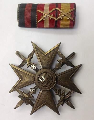 Spanienkreuz in Bronze mit Schwerter