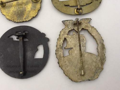 4 Kriegsmarine Abzeichen