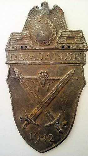 Another Demjansk shield
